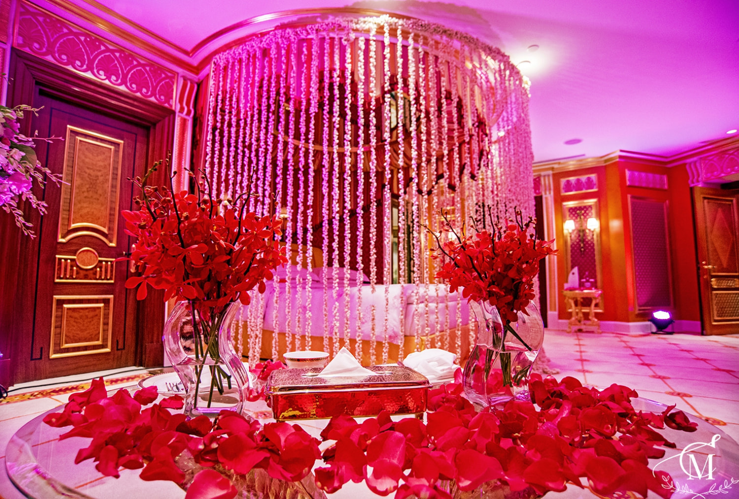 Royal Suite Room In Burj Al Arab Was Decorated With Light, Amazing Flowers,  Ice Sculptures And, Of Course, A Lot Of Gifts.